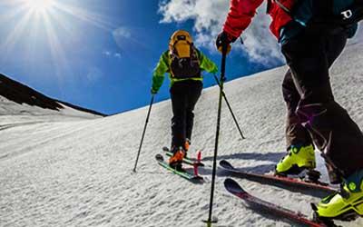 iran tour operator holiday cultural adventure skiing dizin Mountains Maranjab Desert Exploring