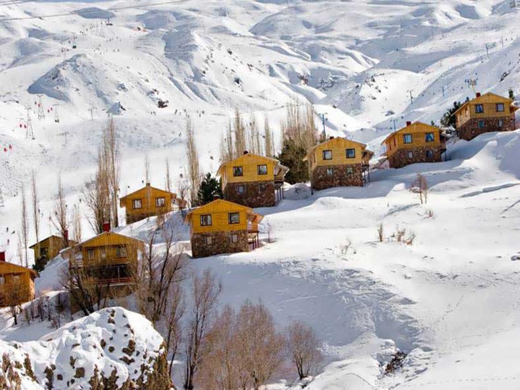Dizin Ski resort, Local cottages
