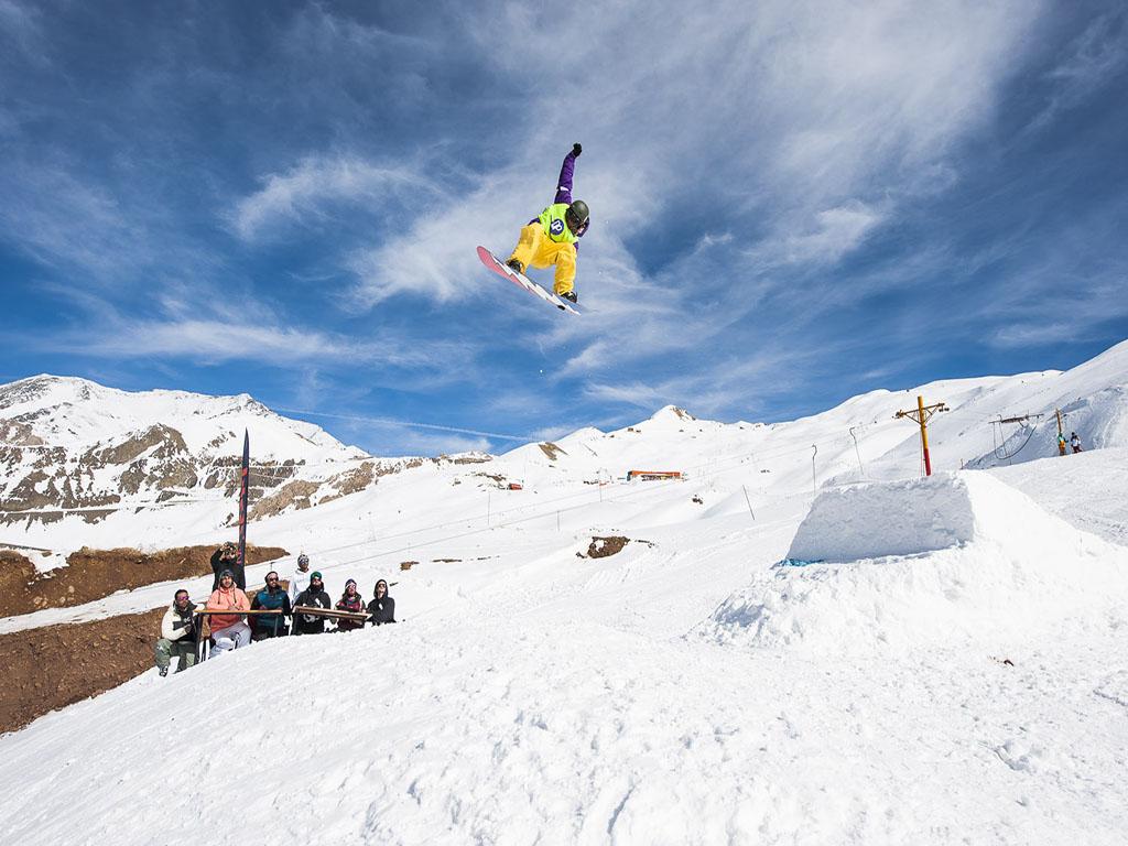 Dizin Ski resort- Snow boarding