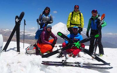 Iran-Travel-Iran Exploration-Damavand-Doberar-Ski-Tour (2)-400X250