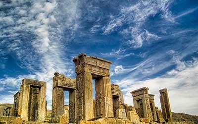 Iran-Tour-Adventure-Holiday-daily-city-tour-shiraz-01
