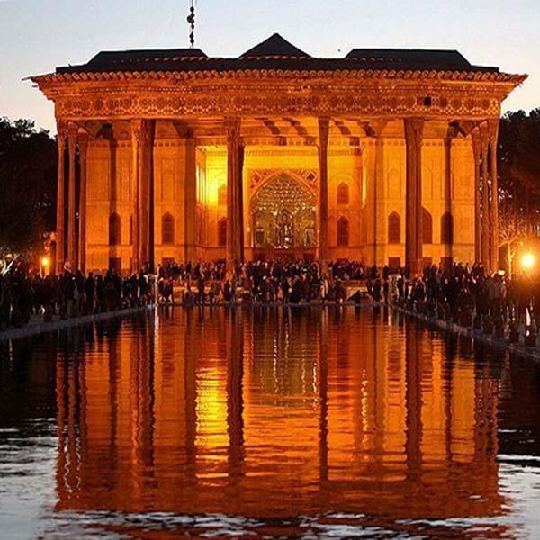 Isfahan, Chehel soton grand palace