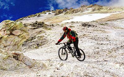 Mount Damavand Biking 5500 m